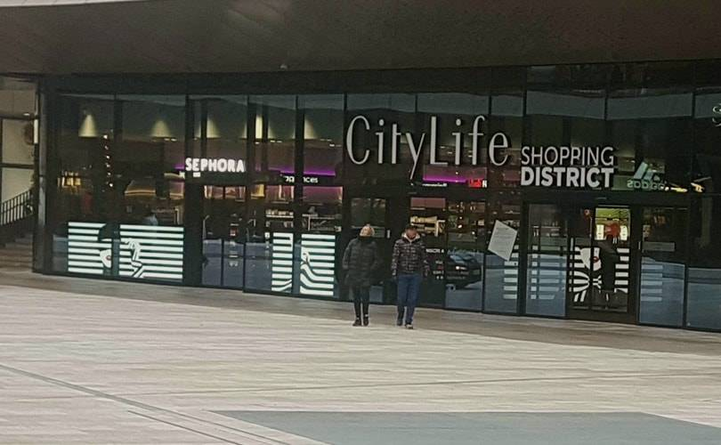 CityLife Shopping district apre domani con 100 negozi