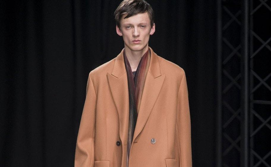 finest selection c5ea9 54a80 Tendenze colore moda uomo per l'autunno inverno 2016-17