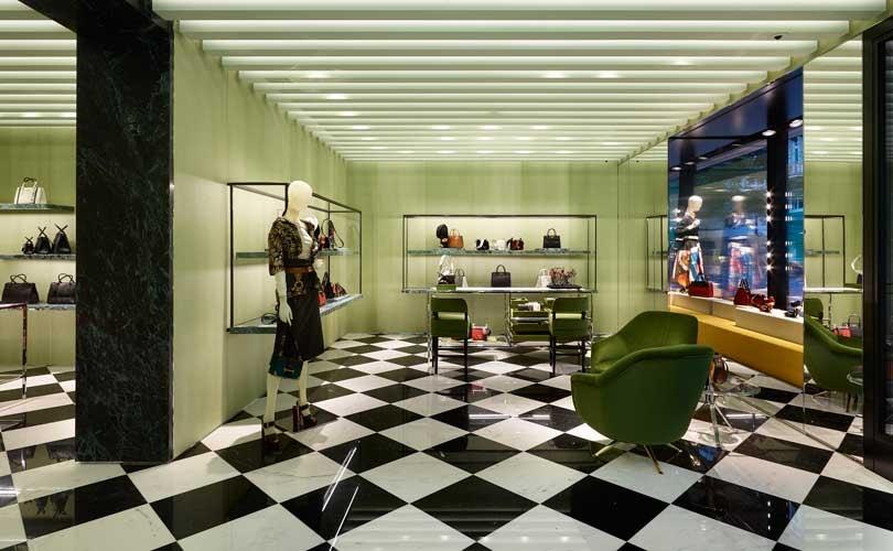 big sale 96099 e87dd Prada apre un nuovo negozio a Zurigo