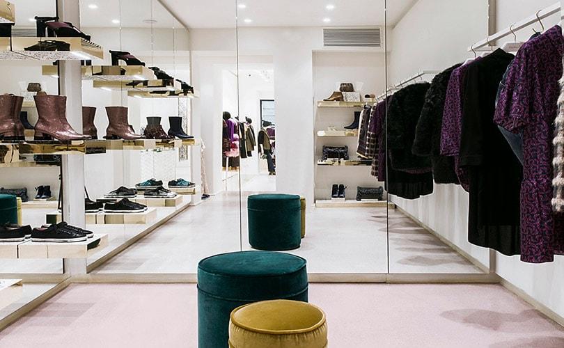 quality design 21037 a151e Kristina Ti apre domani a Roma